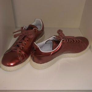 Pink adidas 💐